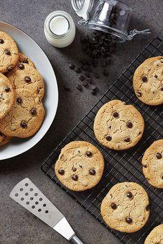 Perfect Grain-free Chocolate Chip Cookies {gluten-free, paleo, egg-free, dairy-free, vegan} // @tastyyummies // www.tasty-yummies.com
