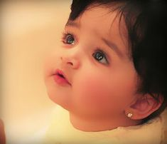 Wide colleciton of modern Muslim Girls names with meanings and Urdu Arabic text. Popular Islamic and Muslim baby girl names. Cute Baby Boy Photos, Cute Baby Couple, Cute Kids Photos, Cute Little Baby Girl, Girl Baby Pic, Indian Baby Girl, Beautiful Kids, Muslim Baby Girl Names, Dance
