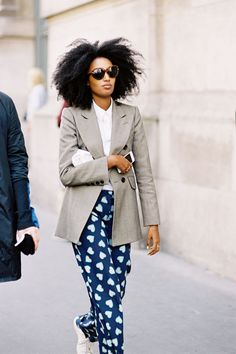 Senior Fashion Editor i-D magazine Julia Sarr-Jamois, after A Show, Paris, September Outfits Otoño, Fashion Outfits, Fashion Trends, Fashion 2015, Young Fashion, Fashion Editor, Fashion Models, Summer Outfits, Afro