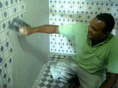 Renovação de banheiro: cimento queimado por cima de azulejo                                                                                                                                                                                 Mais