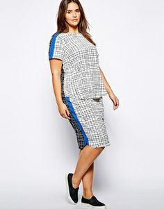 Image 4 of ASOS CURVE T-Shirt In Check Print
