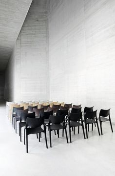 "urbnite: "" Laclasica Chair by Jesus Gasca for STUA """