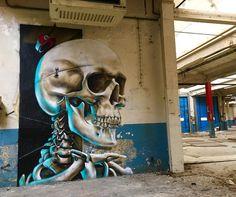 ���halla-loween💀feat le poto @valergraffiti BIG-UP touts les présents😝 thanks SCHOOL OF STYLE & @xelattitude pour la tof #scaf #luxembourg Street Art Banksy, Murals Street Art, 3d Street Art, Mural Art, Street Artists, Graffiti Art, Luxembourg, Halloween Mural, Graffiti Bedroom
