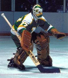 Prior to arriving to the Minnesota North Stars, Gilles Meloche lost a lot of games as the number one Goalie for the California Golden Seals (later rel. Hockey Shot, Hockey Helmet, Hockey Goalie, Hockey Games, Hockey Players, Ice Hockey, Minnesota North Stars, Minnesota Wild, Nhl