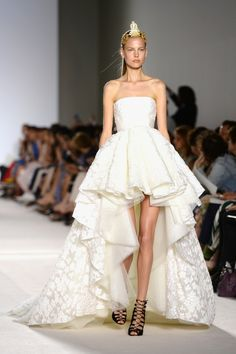 Giambattista Valli: Runway – Paris Fashion Week Haute-Couture F/W 2013-2014