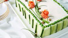 Savulohi-mummonkurkkuvoileipäkakku - Yhteishyvä Wedding Cake Prices, Diy Wedding Cake, Buttercream Wedding Cake, Low Calorie Fruits, New Year's Cake, Cake Pricing, Sandwich Cake, Food Garnishes, Salty Cake