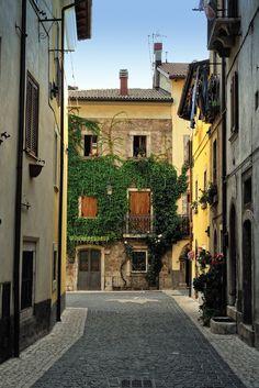 Pescasseroli, Italy (by Riccardo Granaroli)