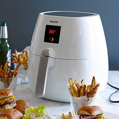 Get ready to challenge everything you know about frying foods. Our Philips Air Fryer can fry your favorite foods to crispy, golden brown perfection (yes, French fries and potato chips!) using littl. Crispy Potato Skins, Potato Chips, Phillips Air Fryer, Air Fryer Review, Wedges Recipe, Vegetable Chips, Air Fry Recipes, Healthy Recipes, Air Frying