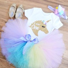Hi, this is beautiful Unicorn set for First Birthday, we have designed a beautiful and unique unicorn horn that is not too tall like many others out there but perfect for your little one, really comfortable to wear. ***** SHOES ARE NOT INCLUDED***** sorry for the inconvenience