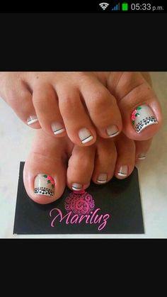 Cute Toenail Designs, Pedicure Designs, Toe Nail Designs, Short Nail Manicure, Pedicure Nail Art, Toe Nail Art, Purple And Pink Nails, Sexy Nail Art, Pretty Pedicures