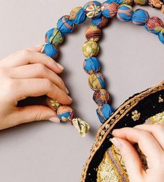 Trendy Ideas For Crochet Kids Purse Pattern Bag Tutorials Textile Jewelry, Fabric Jewelry, Diy Purse Handles, Handmade Bags, Handmade Jewelry, Kids Purse, Etsy Fabric, Fabric Beads, Purse Patterns