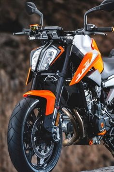 Proving once again KTM knows no other way, the Duke 790 is a complete hooligan of a motorcycle Duke Bike, Ktm Duke, Ktm Motorcycles, Latest Cars, Super Cars, Frock Fashion, Vehicles, Devil, Biker