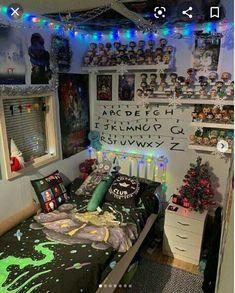 Emo Bedroom, Grunge Bedroom, Room Ideas Bedroom, Bedroom Decor, Bedrooms, Stoner Bedroom, Quirky Bedroom, Hippy Room, Chill Room