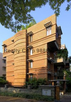 """This Premium Luxury Apartment Is Locate At Victoria Layout Palmgrove Road, Bangalore CBD.  Close To M.G.Road, Brigade Road, Garuda Mall, Richmond Town.  3 Bedrooms, Semi Furnished, Built Up Area 2105 Sq.Ft, 1 Car Park.  Sale Price Rs.2.40 Crores.  Please Note: Standard Brokerage Apply: 1 % From The Buyer.  Call """"Realty Corp"""" +91 9164 988 188 / sales@realtycorpindia.com  #Bangalore #Bengaluru #BangaloreCity #BaangaloreProperties #BangaloreRealEstate #BangaloreHomes #BangaloreSale…"""
