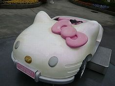 http://www.instablogsimages.com/images/2010/07/21/vintage-hello-kitty-car-3_1AnmC_22974.jpg