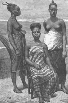 Fante women of Elmina (Edina) in Gold coast (Ghana)with their hairstyle                               in a wooden engraved drawing (1800-1895).