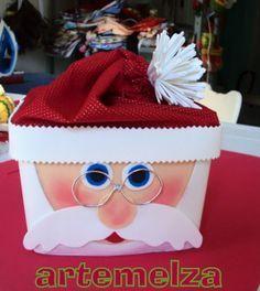 """ARTEMELZA - Arte e Artesanato: Papai Noel no pote de sorvete. O Natal ainda vai demorar um pouco…mas já tem gente se preparando para as vendas. O passo a passo de hoje foi feito especial para algumas """"amigas"""" do facebook que desejavam o modelo do Papai Noel reutilizando o pote de sorvete. Facilzinho de fazer e o efeito é bem legal…um ótimo presente e um ótimo enfeite de Natal"""