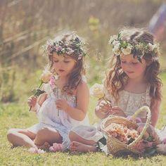 «#bohowedding #weddingdiy #weddingday #wedding #flowergirls»