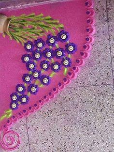 These New Year rangoli designs may not be as detailed as Sankranti rangoli designs or Diwali rangoli or even the themed ones like Ganesh rangoli, and so on. Simple Rangoli Designs Images, Rangoli Designs Diwali, Diwali Rangoli, Easy Rangoli, Rangoli Colours, Rangoli Patterns, Rangoli Ideas, Beautiful Mehndi Design, Beautiful Rangoli Designs