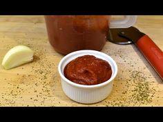 5 perces pizzaszósz házilag recept / Anzsy konyhája - YouTube Ketchup, Pancakes, Pudding, Desserts, Youtube, Food, Pizza, Tailgate Desserts, Deserts
