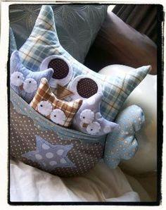 Owl & baby owls by LandofLa