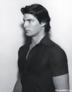 Christopher Reeve - oh my god he's sooo good looking! He will always be Superman in my heart! Such am amazing man! Miss him