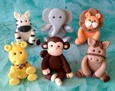 Articoli simili a Any 1 Fondant Jungle Animal Cake Topper - Lion/ Elephant/ Zebra/ Giraffe su Etsy