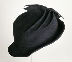 dcc08e5b8d137 Black fur felt profile hat