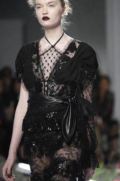 """.Moda de Subculturas - Moda e Cultura Alternativa.: Rodarte: Flower Power """"Gótico"""""""