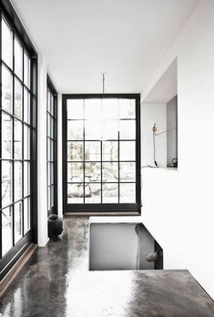 Vosgesparis: A white Copenhagen home with an industrial touch