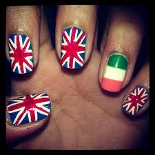 1D easy and adorable nail design.