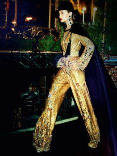 Gigi Hadid in Zuhair Murad haute couture photographed by Mario Testino for Vogue Paris, November 2016.