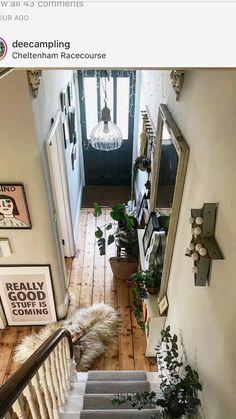 Victorian Hallway, Victorian Terrace, Small Hallway Decorating, Interior Decorating, Hallway Designs, Hallway Ideas, House Entrance, Grand Entrance, Hallway Inspiration