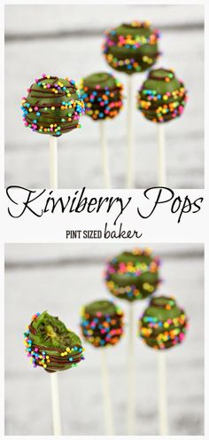 Pint Sized Baker: Kiwiberry Pops - Use my Homemade Chocolate Chips and natural sprinkles. Or just sprinkle with chopped nuts or coconut - love this! Paleo Treats, Yummy Treats, Sweet Treats, Yummy Food, Tasty, Snack Recipes, Dessert Recipes, Kiwi Recipes, Kiwi Berries