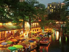The River walk in San Antonio, Texas Family Vacations In Texas, Vacation Places, Vacation Destinations, Vacation Spots, Places To Travel, Vacation Ideas, Oh The Places You'll Go, Great Places, Beautiful Places