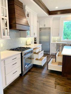 White and Mocha Stained Kitchen - Village Home Stores Blog Kitchen And Bath Design, Kitchen Paint, New Kitchen, Kitchen Island, Linen Cabinets, Black Cabinets, Kitchen Village, Hidden Pantry, Aspen House