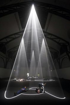 light art installation Anthony McCall Various works like Meeting You Halfway or Describing a cone 2009 Installation Interactive, Light Art Installation, Interactive Art, Art Installations, Vitrine Design, Tachisme, Instalation Art, 3d Art, Photocollage