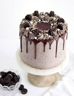√ Cookies and Cream Cake oreo. 7 Cookies and Cream Cake oreo. oreo Cookies and Cream Cake Layer Cake Oreo, Chocolate Oreo Cake, Decadent Chocolate Cake, Chocolate Cheesecake, Coconut Cheesecake, Chocolate Drizzle Cake, Decadent Cakes, Homemade Chocolate, Chocolate Fondue