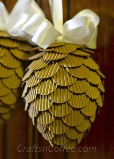 Beautiful DIY pinecones to display from fall through the holidays. Love these! CraftsnCoffee.com. #Fall #Decor