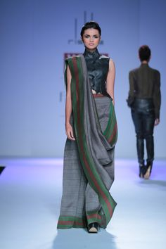 #wifw #fdci #wifwaw14 #wilfw #fashion #indianfashion #rishta #arjunsaluja #silhouettes #texture #chic #classy #elegant #motifs #prints #geometry #simplistic #clean #linear #wool #georgette #cotton #silk #jaqcuard #plaid #leather #contrast #womensfashion