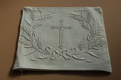 Small altar linen, Communion Pall 5; Catholic Church