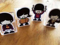 Figuras dos Beatles para tubetes ou caixas de acrílico Festa Submarino Amarelo   Design Festeiro