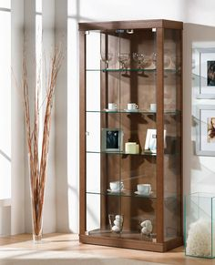 Vitrinas con puertas de cristal 2 - Vitrina con puertas de cristal y halogeno. Curio Cabinet Decor, Crockery Cabinet, Cabinet Design, Diy Furniture Couch, Corner Furniture, Cabinet Furniture, Small Bars For Home, Corridor Design, Muebles Living