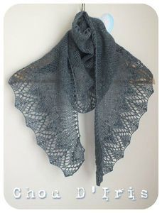 Super Ideas for knitting hat lace scarf patterns Crochet Mens Scarf, Hand Knit Scarf, Lace Scarf, Crochet Shoes, Knitted Poncho, Knitted Shawls, Crochet Scarves, Knit Crochet, Lace Shawls