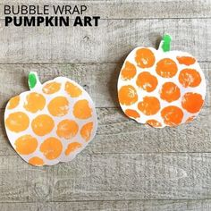 Things to do with bubble wrap. What about bubble wrap painting with this fun fall theme pumpkin art activity. Make pumpkin art for the fall season in the preschool or elementary classroom! A great hands on art project for use at home during distance learning or homeschool as well. These are a fun way to decorate a classroom or daycare center for the fall or halloween! #STEAM #PreschoolArt #PumpkinArt Toddler Learning Activities, Fun Crafts For Kids, Craft Activities For Kids, Creative Kids, Creative Crafts, Bubble Wrap Art, Fall Arts And Crafts, Paint Brush Art, Pumpkin Template