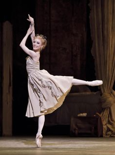 Sarah Lamb in Manon - photo by Johan Persson, Royal Opera House Ballet Images, Ballet Pictures, Dance Pictures, Shall We Dance, Just Dance, Sarah Lamb, La Bayadere, Theater, Ballet Photography