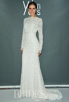 Image from http://www.brides.com/images/2013_bridescom/Runway/october/yolancris-wedding-dresses-fall-2014/large/yolancris-wedding-dresses-fall-2014-009.jpg.