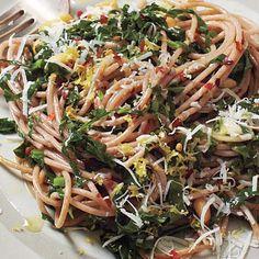 Fresh Tomato Sauce Recipe, Whole Grain Foods, Collard Greens, Healthy Pastas, Lemon Recipes, Vegetarian Cheese, How To Cook Pasta, Macaroni And Cheese, Food Processor Recipes