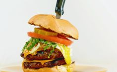 Crunch burgers made with Heinz® Ketchup Blended with Sriracha Flavor offer a kick of flavor and crunch.