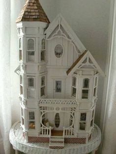 victorian doll houses and dolls - Yahoo Image Search Results Victorian Dolls, Victorian Dollhouse, Dollhouse Dolls, Antique Dolls, Dollhouse Miniatures, Vintage Dollhouse, Modern Dollhouse, Miniature Rooms, Miniature Houses